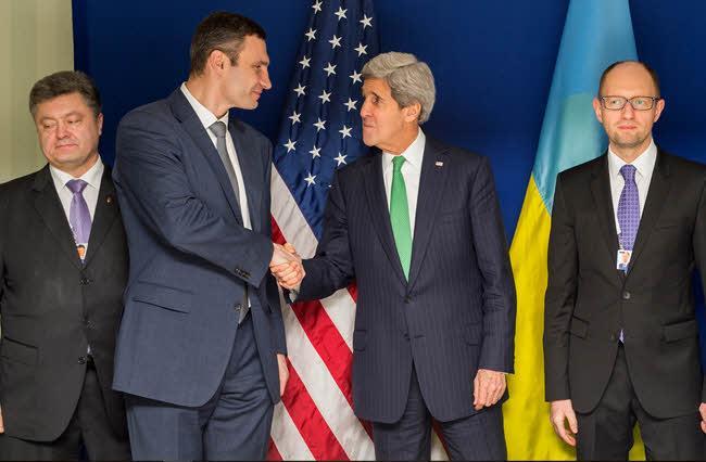 Petro Poroshenko, Vitali Klychko and Arseniy Yatsenyuk