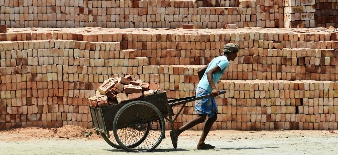 La mondialisation de l'esclavage permet la croissance des entreprises. Dossier.