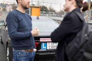 Driving licence loses attraction for young Swiss