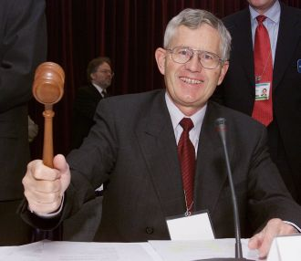 Or suisse: M Villiger a mené la politique nécessaire au bradage des années 2000. Vincent Held