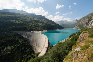Melting glaciers have little impact on Swiss hydropower