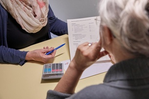 Older people marginalized on Swiss labour market, says report