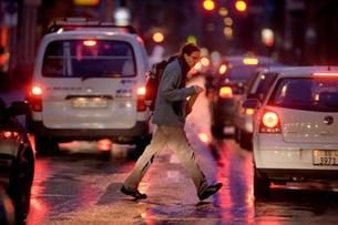 Half of Swiss population commutes half an hour to work