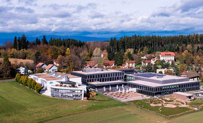 2500 students quarantined at Lausanne's hotel school