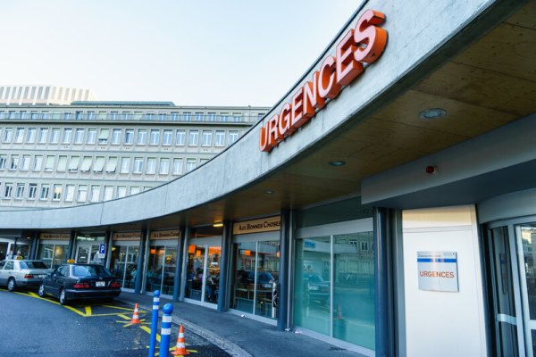 Coronavirus: Geneva hospital feels strain as number of patients rises